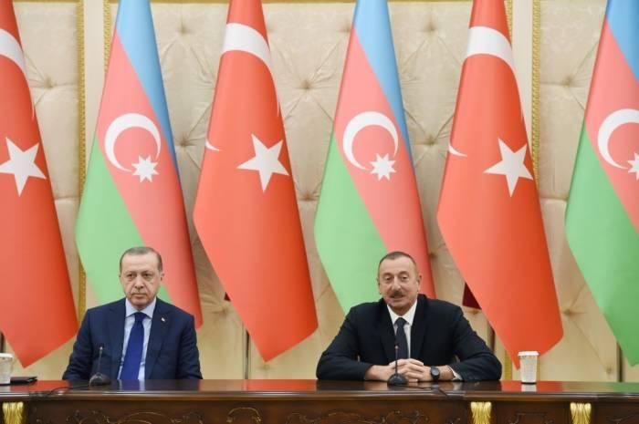"""""""Türkiyə-Azərbaycan həmişə bir-birinin yanındadır"""" - İlham Əliyev"""