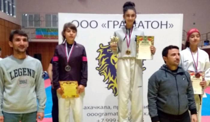 İdmançımız Dağıstanda qızıl medal qazanıb