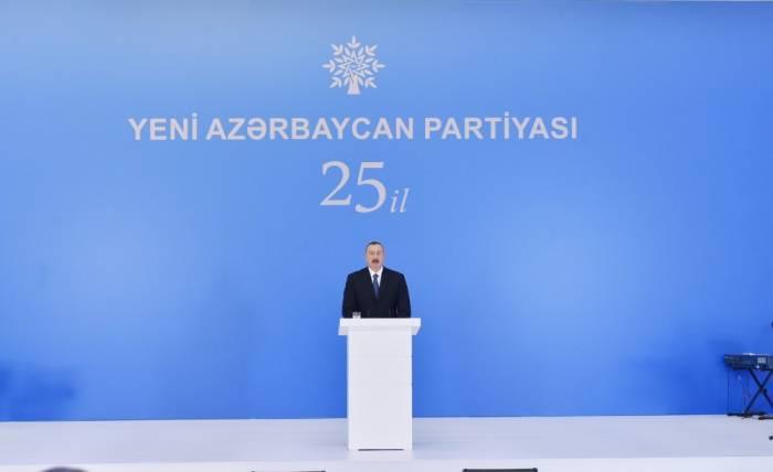 """Prezident: """"Bizim yolumuz şərəfli yoldur"""""""
