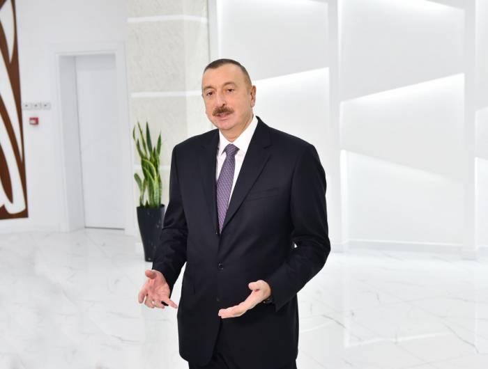 """2017-ci ili uğurlarla başa vururuq"" - Prezident"