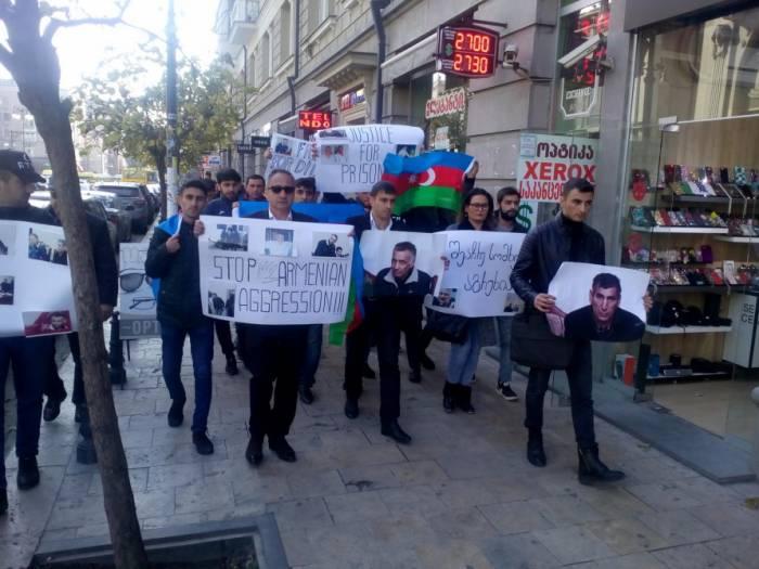 Aserbaidschanische Jugendlichen fordern Freilassung von Dilgam Asgarov und Schahbaz Guliyev