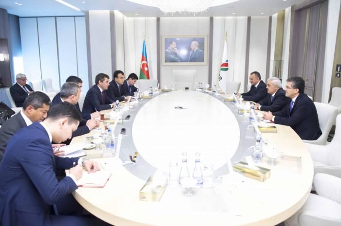 L'Ouzbékistan est intéressé par le développement des relations bilatérales avec l'Azerbaïdjan