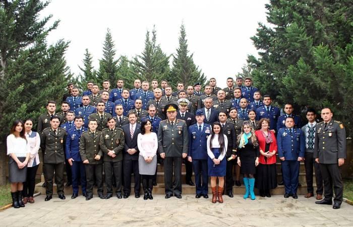 Absolventenfeier an Militärakademie der Streitkräfte
