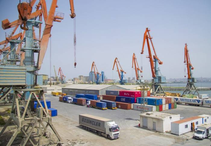 Bakı Limanından BTQ ilə 1 milyon ton yük aşırılacaq