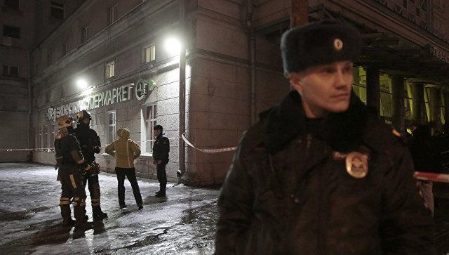 Sankt-Peterburqda güclü partlayış - Yaralılar var (Yenilənib)