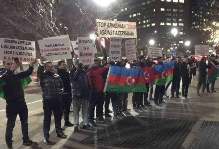 Bostonda erməni işğalına qarşı etiraz aksiyası - FOTO