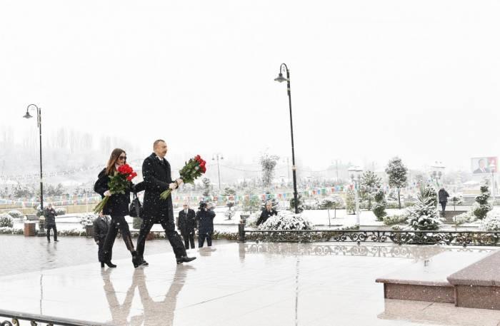 İlham Əliyev xanımı ilə Qubaya gedib - Foto