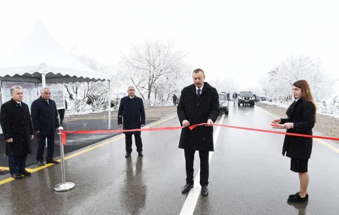 Prezident yol açılışında iştirak etdi - Fotolar
