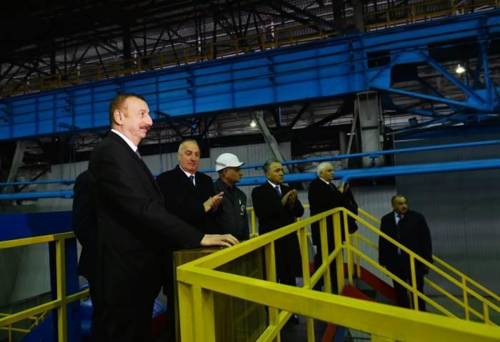 Ilham Aliyev a participé à l'inauguration d'usine de fabrication de tuyaux en fonte