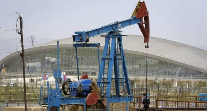 """Ein Barrel von """"AzeriLight"""" kostet fast 66 Dollar"""