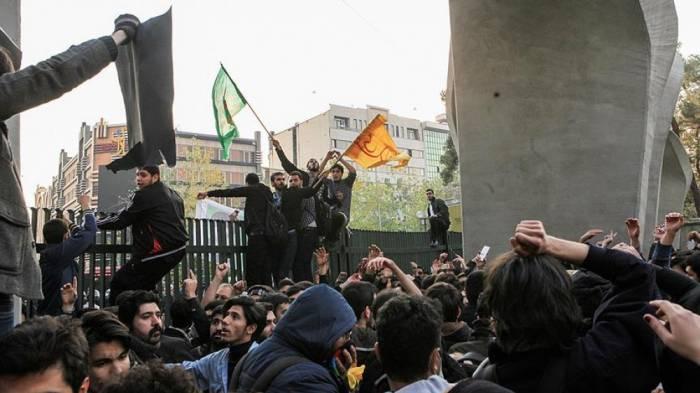 Rəsmi Bakı İrandakı hadisələrə reaksiya verdi