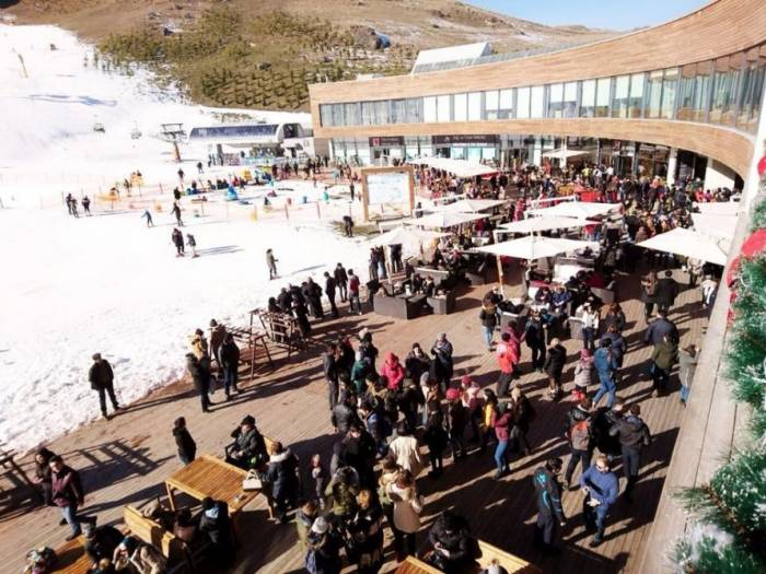 """Tourismuszentrum """"Schahdagh"""" in Gusar von mehr als 10.000 Touristen besucht"""