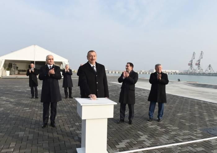 Prezident Ələtdə terminalın açılışında