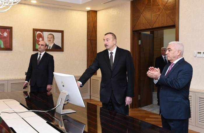 Ilham Aliyev inaugure le nouveau bâtiment administratif de la SA «Azərişıq»