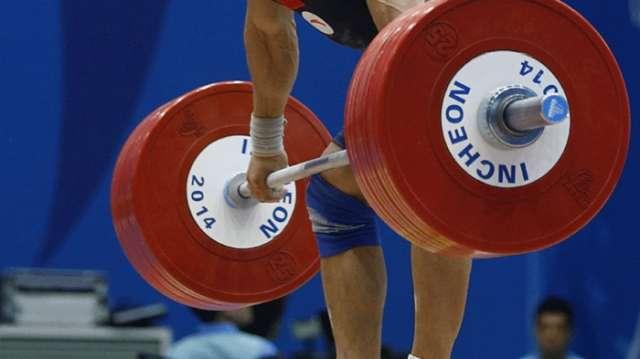 Azerbaijani weightlifter wins European bronze in Albania