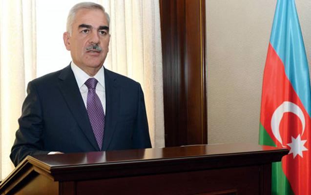 Vasif Talıbov prokurorları mükafatlandırdı