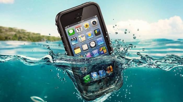 Empresa que vende el químico que salva a los teléfonos móviles mojados espera crecer un 300%