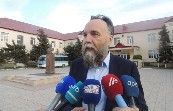 Armenian-occupied 5 regions should be liberated - Alexander Dugin