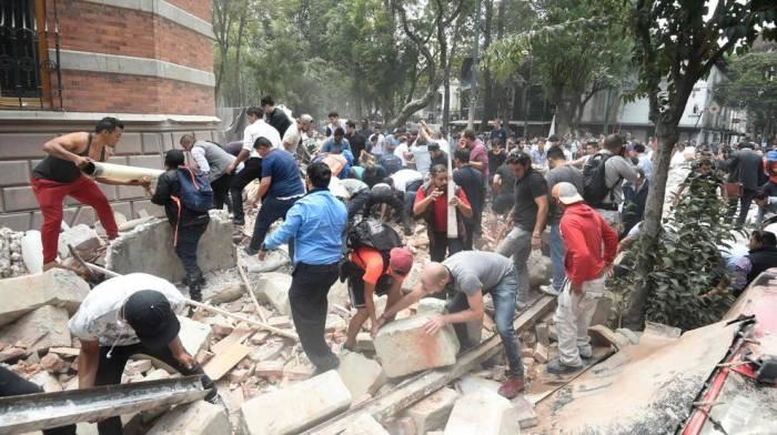 Recopilación de videos del terremoto en México