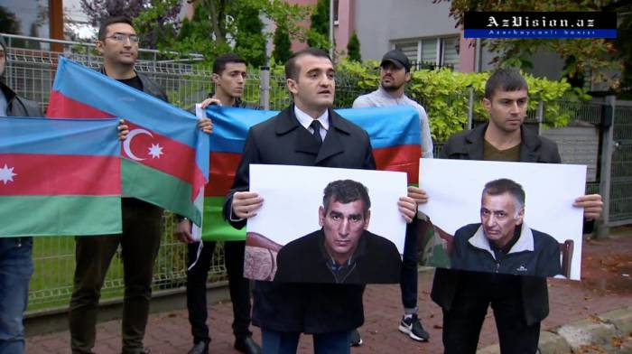 Hijo del rehén de Kalbadzar realizó protesta en Varsovia-FOTOS