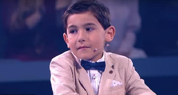 Un niño azerbaiyano de 6 años sorprendió a Rusia-Video