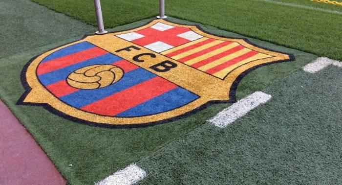 El FC Barcelona se reúne para decidir si suspende el partido