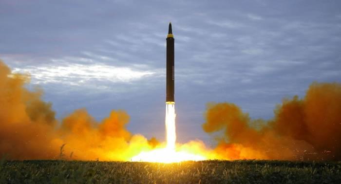 Experto: Pyongyang ya es capaz de crear misiles con ojivas nucleares