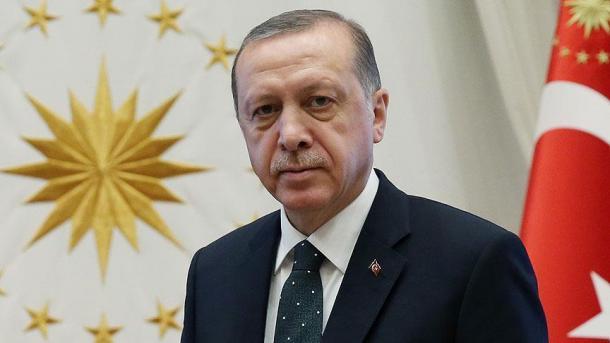 Erdogan se solidariza con Somalia contra el atentado con bomba
