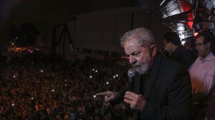 Lula no sacrificará su candidatura pese a los ataques judiciales