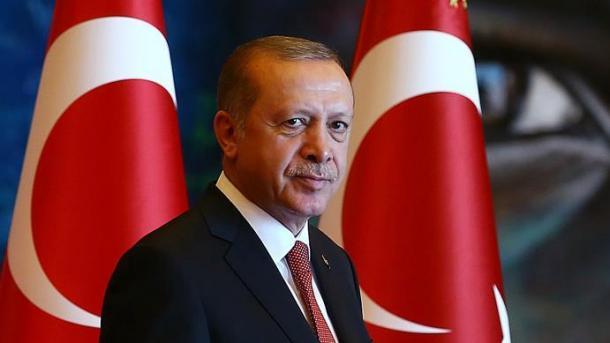 "OTAN despide al oficial que toma como blanco a Erdogan"""