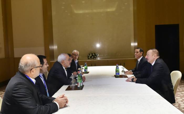 Ilham Aliyev recibe al canciller iraní