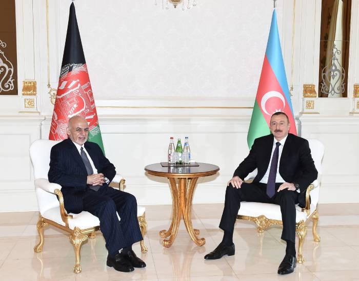 Aliyev y Ashraf Ghani se reúnen cara a cara- FOTOS