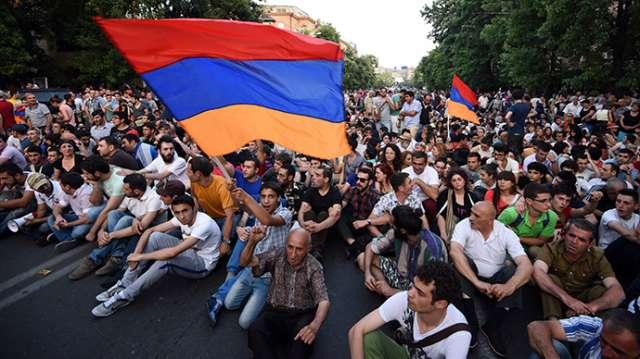 Ermənistanda ciddi sosial partlayış gözlənilir