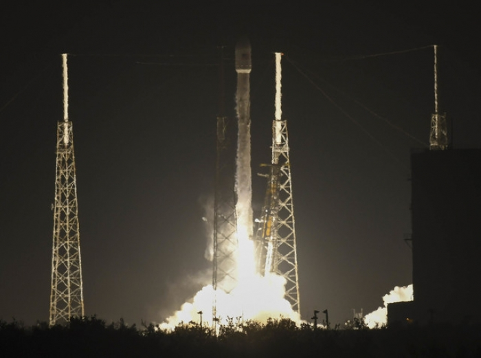 SpaceX military satellite mission may have failed