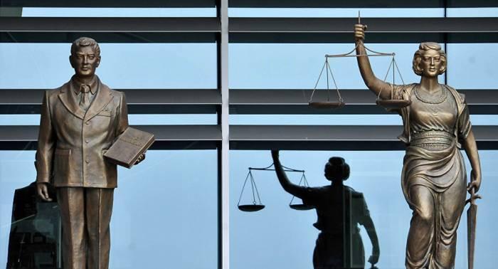 Vice primer ministro turco: el Tribunal Constitucional excede los límites de la Carta Magna