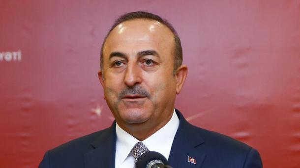 Ministro de Exteriores Çavuşoğlu critica la postura de los EEUU sobre FETÖ