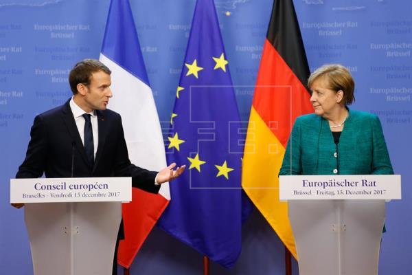 Primera cumbre Macron-Merkel tras el acuerdo sobre la gran coalición germana