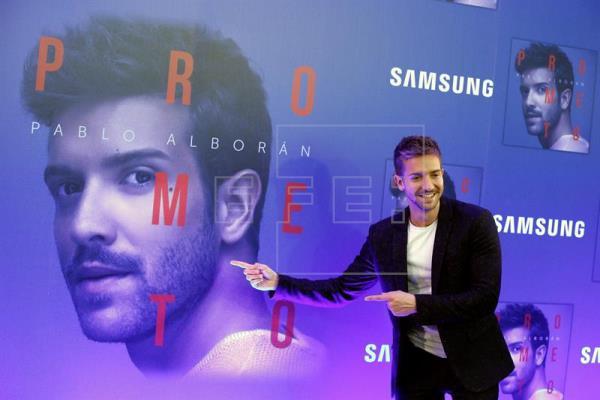 Pablo Alborán en álbumes y Luis Fonsi en canciones, los más vendidos en 2017