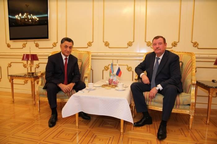 Ramil Usubov rusiyalı generalla görüşüb
