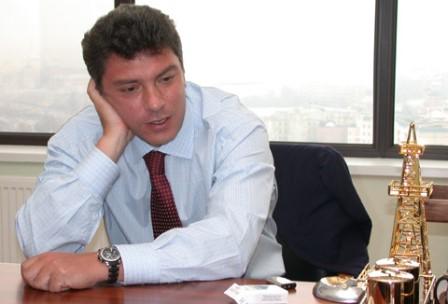 Putin Nemtsovun dəfninə getməyəcək