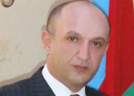 """Rauf Qurbanov: """"Bu, bayrağa hörmətsizlik deyil"""" - AÇIQLAMA"""