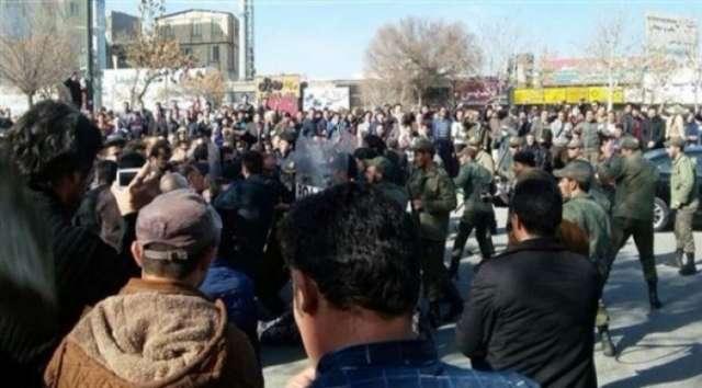 إيران: تصاعد وتيرة الاحتجاجات واستمرارها لليوم الرابع على التوالي