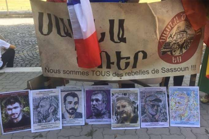 Armenians make complaints to Europe about Sargsyan
