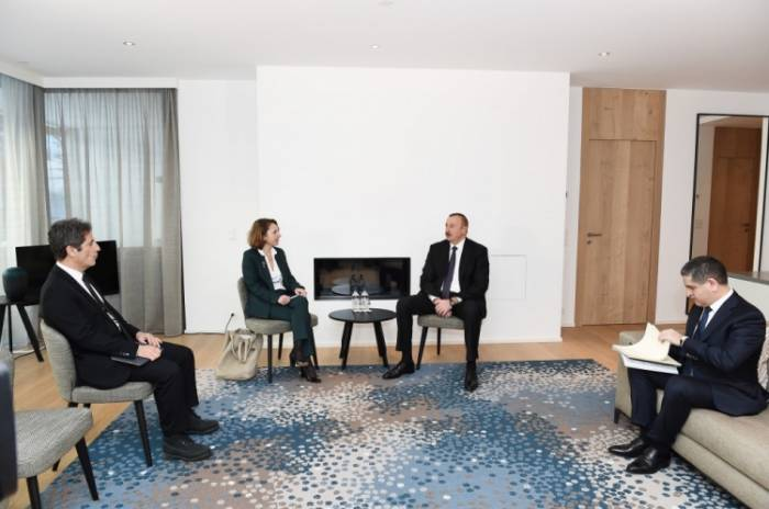 President Ilham Aliyev met with Deputy CEO of SUEZ GROUP in Davos