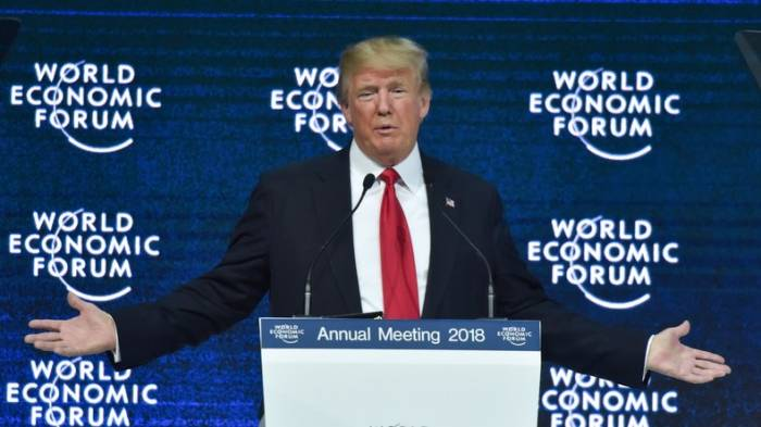 Donald Trump prend la parole à la clôture de Forum de Davos - VIDEO
