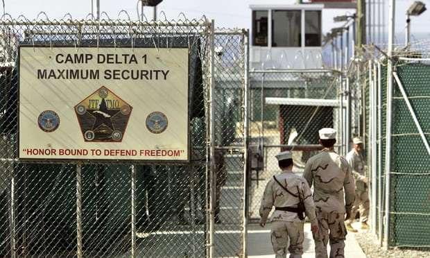 Donald Trump signs executive order to keep Guantánamo Bay open