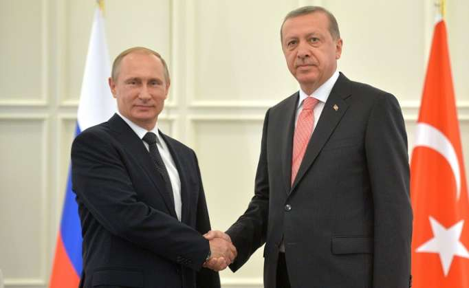 Turkish, Russian leaders discuss coronavirus on phone