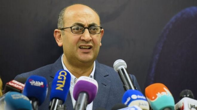 Egypt election: Human rights lawyer Khaled Ali quits race