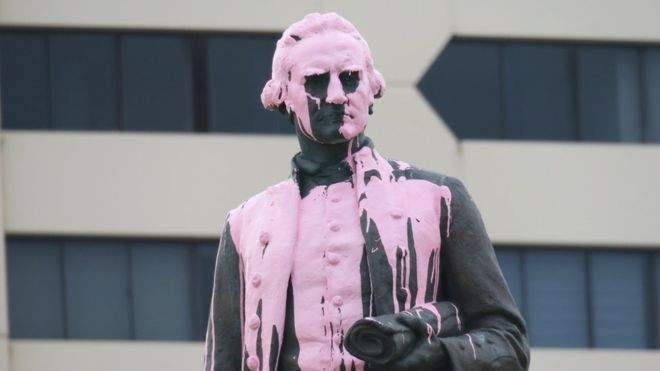 Captain Cook statue vandalised ahead of Australia Day