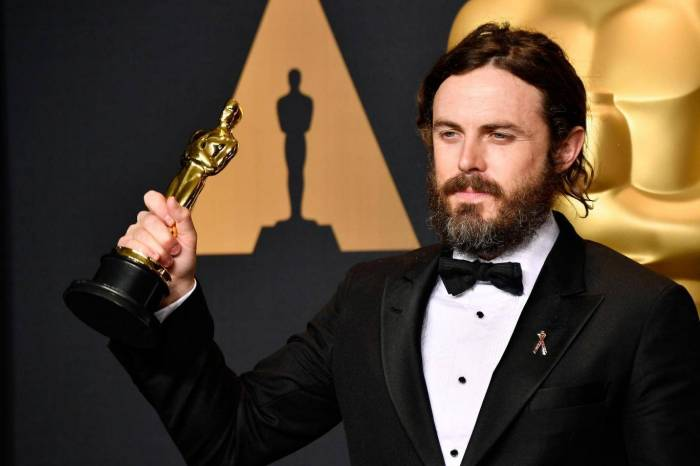 Casey Affleck withdraws from presenting Best Actress Award at Oscars over #MeToo Movement